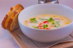SOUP chilled corn with king krab