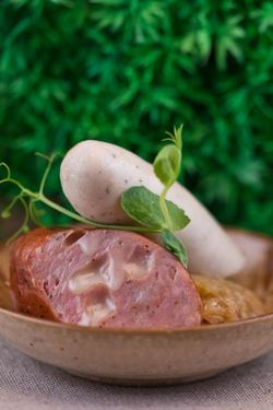 MEAT sausages (2pc.) green back
