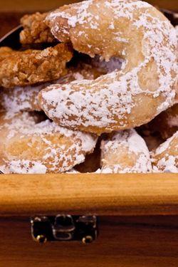 DESSERT cookie vanilla crescent in wooden box