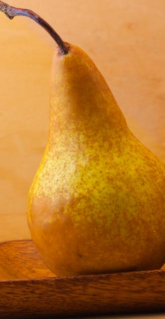 FRUIT pear (bosc pear)