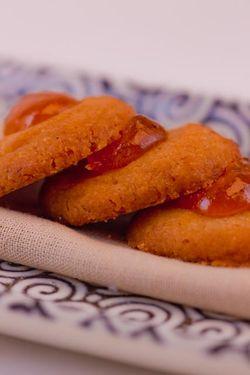 DESSERT cookie apricot linzer