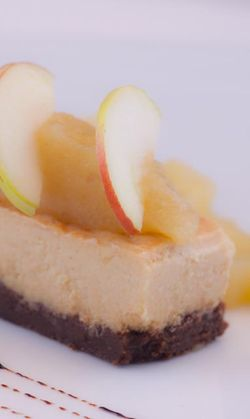 DESSERT cheese cake with apple