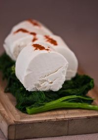 CHEESE goat cheese with paprika