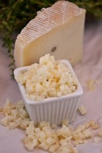 CHEESE tartuffo pecorinio