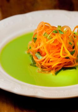 SALAD carrots, pea dressing