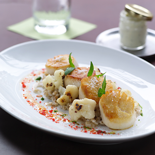 Diver Sea Scallops with Caramelized Cauliflower